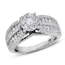 10000 wedding ring wedding rings what does a 10000 engagement ring look like