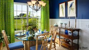 dress color combination with blue what colour goes green walls