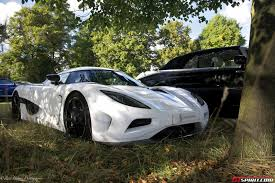 koenigsegg white photo of the day white koenigsegg agera at salon prive 2013