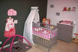 chambre de bébé gris et blanc charmant chambre bébé gris et blanc ravizh com