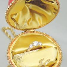 ornament ring box decore