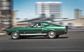 1967 shelby gt500 vs 1967 chevrolet corvette sting ray 427 motor