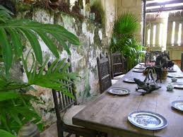 Interior Room Design And Architecture Of Caribbean Indoor Locations - Plantation style interior design