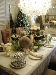 Christmas Table Decorating Themes by Christmas Table Decor Ideas The Bride Link Save To Pinterest