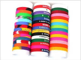 silicone rubber wristband bracelet images Reasons why people wear colorful silicone rubber bracelets jpg