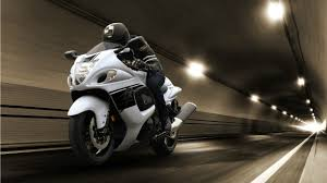 suzuki motorcycle suzuki motorcycle launches hayabusa 2017 with new colour schemes