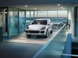 porsche electric hybrid 2015 porsche cayenne s e hybrid makes its debut the paris motor