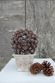 diy glitter pinecone christmas wreath and pine cone centerpieces