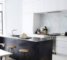 meuble hotte cuisine la hotte aspirante est invisible cachée dans le meuble cuisine