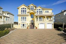 corolla homes and beach houses for sale