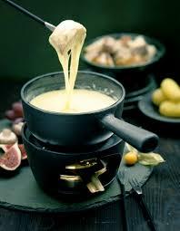 recettes de cuisine 2 fondue savoyarde pour 6 personnes recettes à table