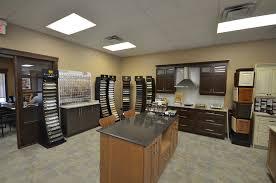 salle de montre cuisine salle de montre armoires de cuisine portes et fenêtres
