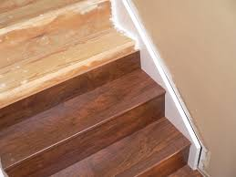 laminate flooring transition to stairs