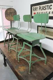 Rustic Table And Chairs Best 25 Rustic Chair Ideas On Pinterest Reupholster Dining