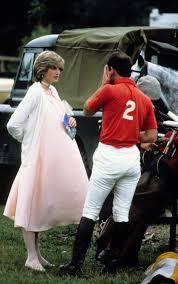 Prince Charles Princess Diana A Very Pregnant Princess Diana Chatted With Prince Charles During