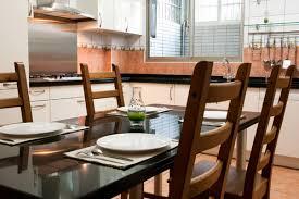 table pour la cuisine table de cuisine prix et modèles ooreka