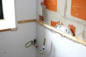 comment fixer un meuble de cuisine au mur comment fixer meuble haut cuisine ikea simple rail fixation cool