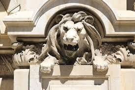 lion statue lion statue images pixabay free pictures