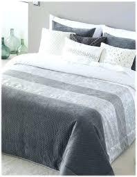 jeté de canapé gris perle dessus de lit gris beautiful jete de canape gris 6 bifor couvre