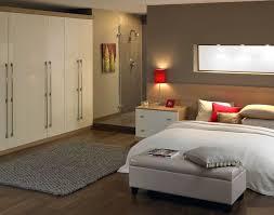 meuble penderie chambre chambre à coucher choisir une garde robe une penderie une armoire