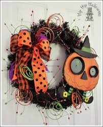 podcast 8 easy outdoor halloween decorations