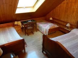 chambre 4 personnes chambre d hôtes hébergement 4 personnes vacances doussard