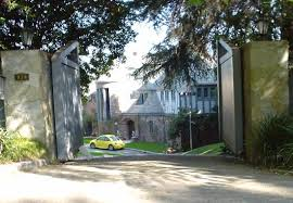 zsa zsa gabor s bel air mansion youtube home of hungarian born american actress zsa zsa gabor at 938 bel air