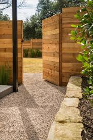 Home And Yard Design by Fence Design Backyard Landscaping Ideas Cheap Awesome Fencing