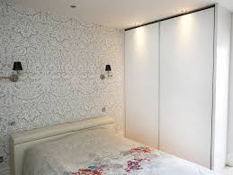 Luxury Fitted Bedroom Furniture White Modern Luxury Sliding Wardrobe Bespoke Furniture Fitted