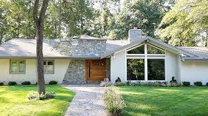 Midcentury Modern House - ask a designer decorating a mid century house
