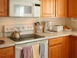 kitchen cabinet painting contractors painting kitchen cabinets ropainting com