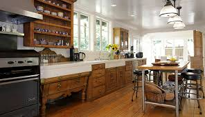 Antique Looking Kitchen Cabinets Antique Style Kitchen The Home Touches