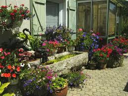chambre d hote franche comté au jardin fleuri à glay