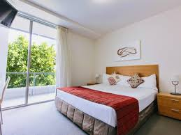 Queen Bed Frames For Sale In Cairns Best Price On Cairns Harbour Lights In Cairns Reviews