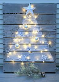 christmas tree pallet diy pallet christmas tree with mini lights crafts a la mode