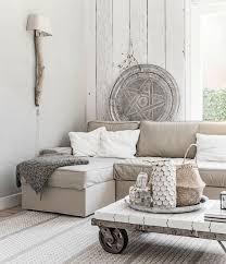 canapé gris taupe 1001 idées déco pour adopter la couleur taupe clair chez vous