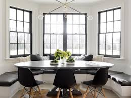 Bay Window Oval Dining Table Design Ideas - Dining room with bay window