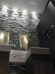 bloc de pierre pour mur salle de bain mur pierre hauteur 4m50 avec deux vasques avec