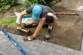Diy Paver Patio Installation Diy Paver Project Tips For Installing Cutting Pavers