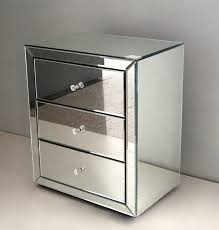 Mirrored Accent Table Astonishing Mirrored Pyramid Living Room Accent Side Table 2292