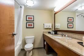 Comfort Inn And Suites Memphis Comfort Inn U0026 Suites Airport American Way In Memphis Tn
