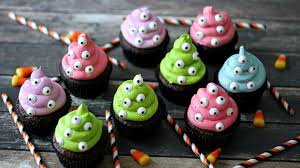 halloween cupcake stands halloween cupcakes
