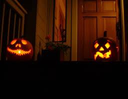 porch at night 17 jack o lanterns on the front porch at night
