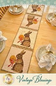 262 best quilted table runners u0026 toppers images on pinterest