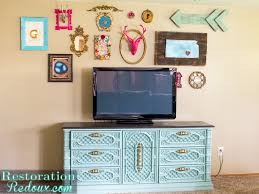 how to build an eclectic gallery wall decorating challenge