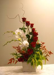 flowers arrangements https i pinimg 736x e4 ca e8 e4cae8ab02a9962