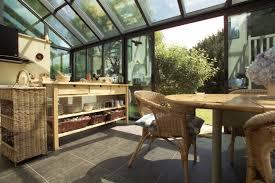 habitat cuisine veranda cuisine photo veranda a vivre cuisine ouverte