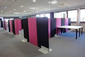 panneau de bureau avec la cloison de bureau buzziscreen fini le bruit bureaux
