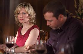 linda reagan hairstyle blue bloods amy carlson stars as linda reagan on blue bloods from the episode