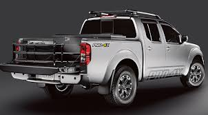 nissan frontier year to year changes 2017 nissan frontier features u0026 specs indianapolis nissan dealers